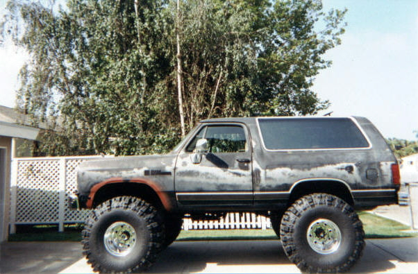 1988 Dodge Ramcharger AW100 4x4 with 44